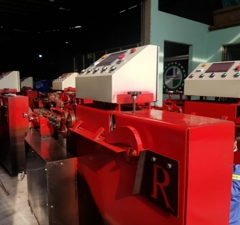 Máy bẻ đai sắt tự động Đại Phước xuất khẩu sang SRILANKA